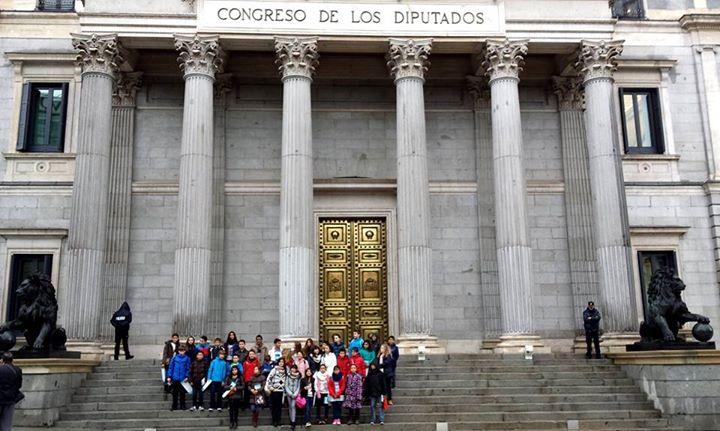 VISITA AL CONGRESO DE LOS DIPUTADOS DE LA CORPORACIÓN INFANTIL